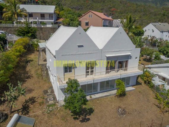 location villa ST DENIS 4 pieces, 180m